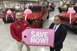 Car buyers may see even deeper discounts this holiday season
