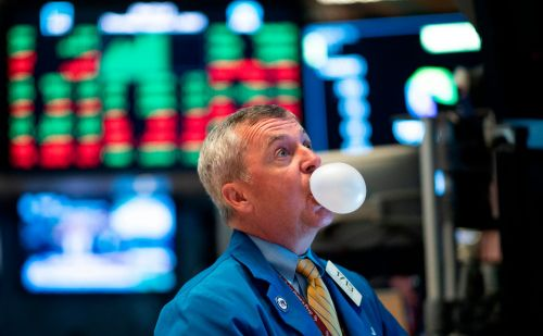 Ask an analyst - our columnist answers your questions about novice traders can thrive on the stock market