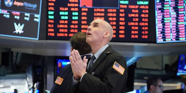 US stock climb as investors await stimulus developments, shrug off Google antitrust lawsuit