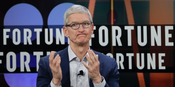 Bank of America downgrades Apple stock after earnings rally hits risk-reward case