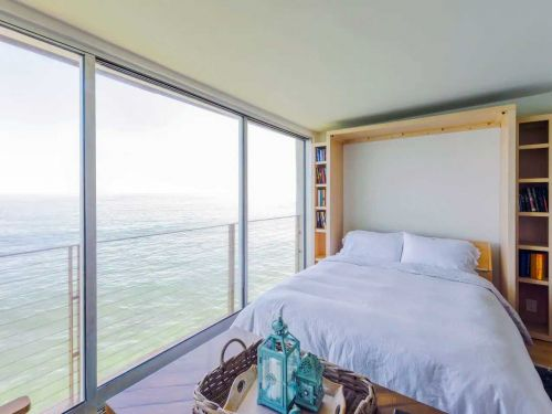 15 stunning Airbnbs along California's coast, from beachfront condos to redwood cabin retreats