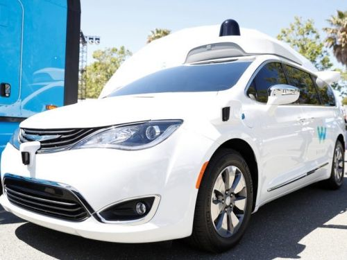 A self-driving taxi went rogue, blocking traffic and evading officials, as a YouTuber captured it on video from the backseat