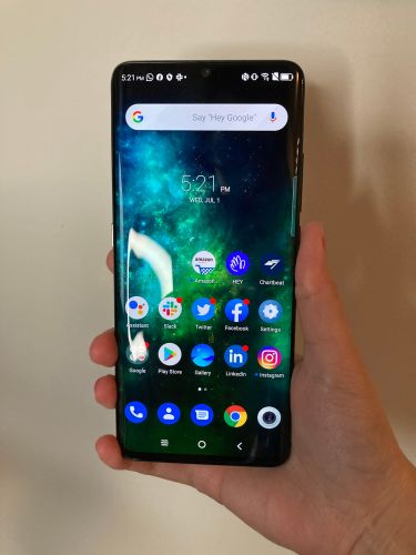 I've been using this $450 Android phone that has features even Apple's $1,000 iPhone 11 Pro is missing - here are the best and worst things about it so far