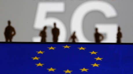 Europe is 'far behind' the rest of the world on 5G deployment, top industry players warn