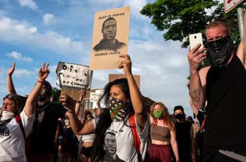 Many influencers and brands have stopped their marketing campaigns to focus on messaging around the George Floyd protests