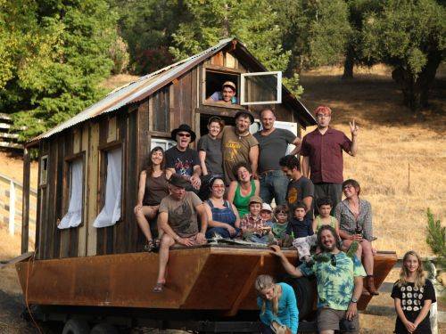 A California professor spent $5,000 building an 80-square-foot cabin on a shantyboat. Now he travels through America's river communities on it every summer - here's how he does it