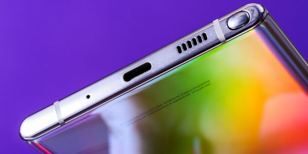 Samsung's new Galaxy Note 10 is the company's first smartphone without a headphone jack, and Samsung didn't include a headphone dongle - here's why