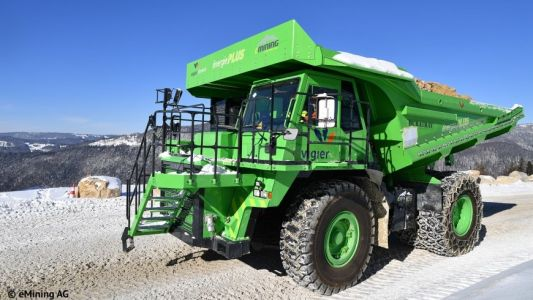 This massive 121-ton electric dump truck never uses more energy than it generates on its own - here's how that works