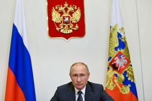 Putin orders 'large-scale' COVID-19 vaccination in Russia