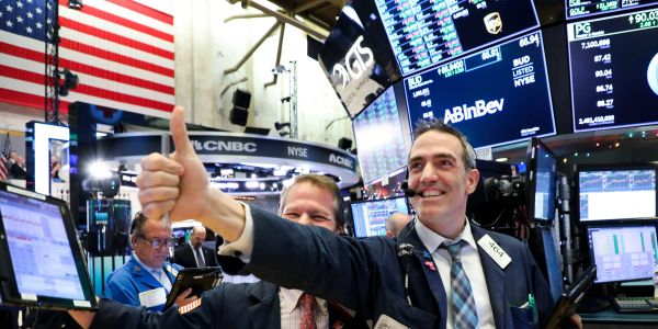 US stocks build on record highs as tech shares gain and Fed policy stays supportive