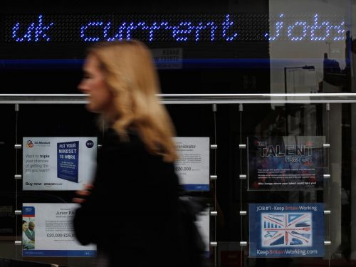 Unemployment in the UK falls once again