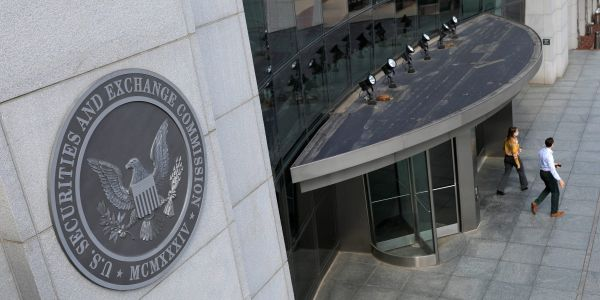 The SEC busted a mother-son crypto Ponzi scheme that lured investors with an AI 'supercomputer' that promised 30% returns