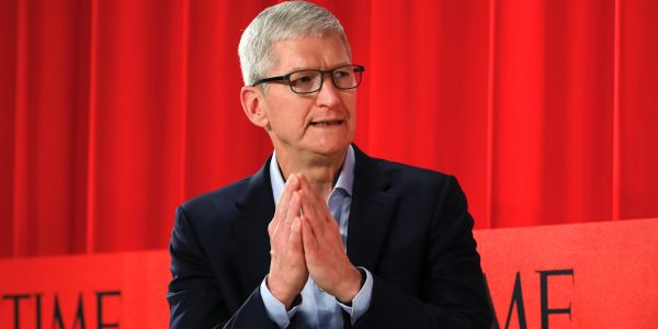 Apple hits an all-time high as China and the US reach a phase one trade deal