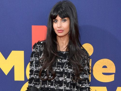 Jameela Jamil criticized Kim Kardashian's new body foundation and said she'd rather 'make peace' with her stretch marks and eczema than wear it
