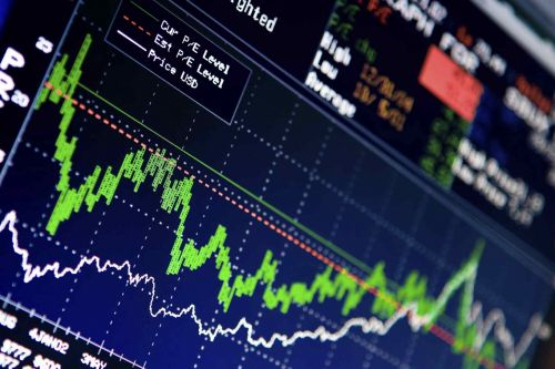 Record Closing Highs Reached for S&P 500, Nasdaq Composite as Earnings Boost Market