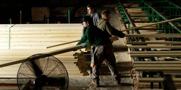 Lumber prices continue to slide as pandemic-driven boom wanes