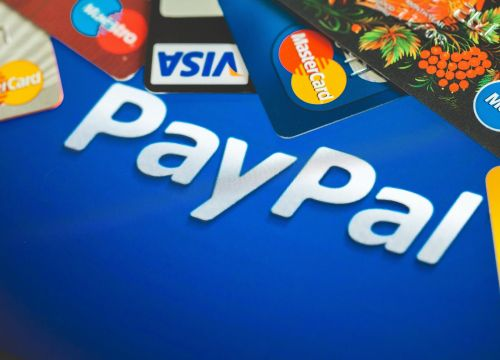 'Does PayPal have fees?': Yes, but not for all transactions - here's how you can avoid fees on PayPal