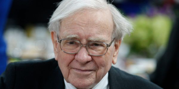 Warren Buffett likely took a $6 billion hit on just 4 stocks during Monday's painful sell-off