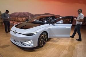 LA Auto Show: Automakers are revving up electric SUVs to solve a sales problem