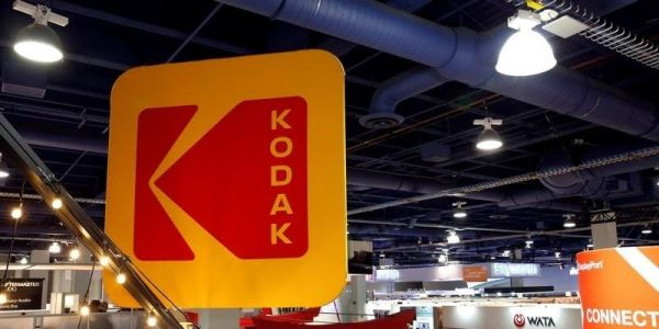 Kodak will issue 30 million shares for convertible-bond holders following last week's 940% rally