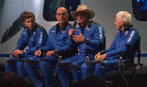 Bezos and crew host a giddy press conference after Blue Origin's inaugural crewed launch