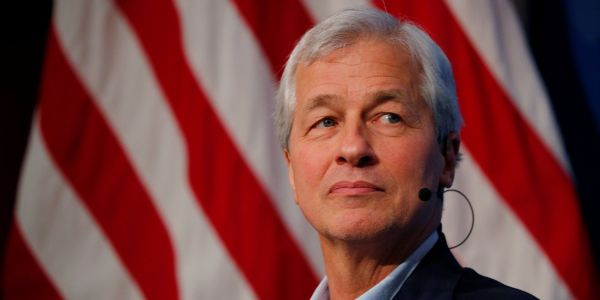 JPMorgan beats expectations in its third quarter earnings with record revenue